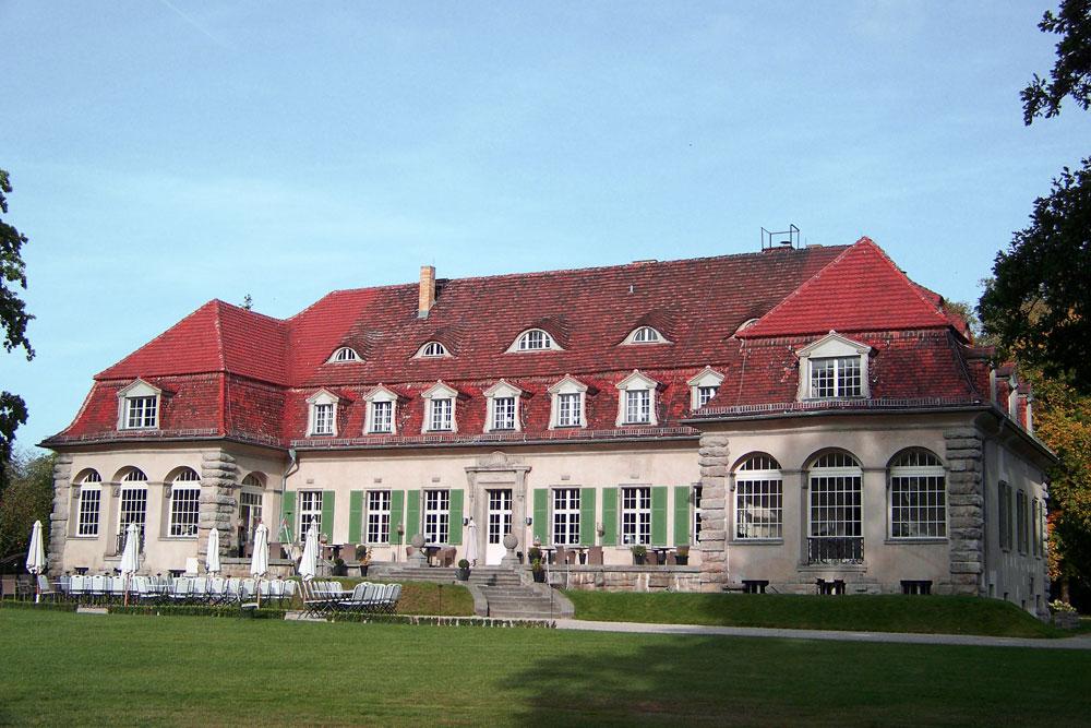 Schloss Kartzow Brandenburg Doeberitzer Heide